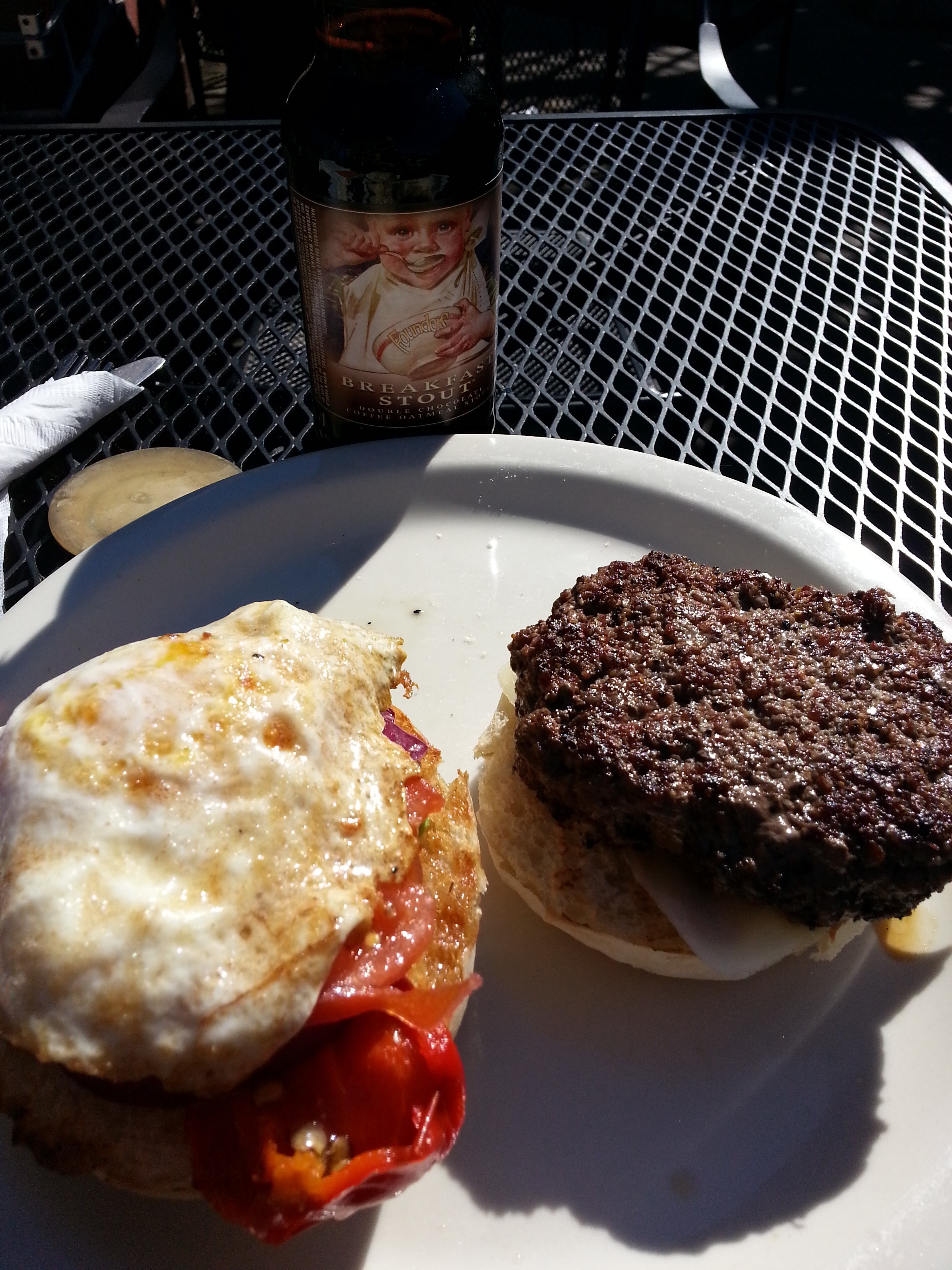 Burguer at the Saxapahaw General Store