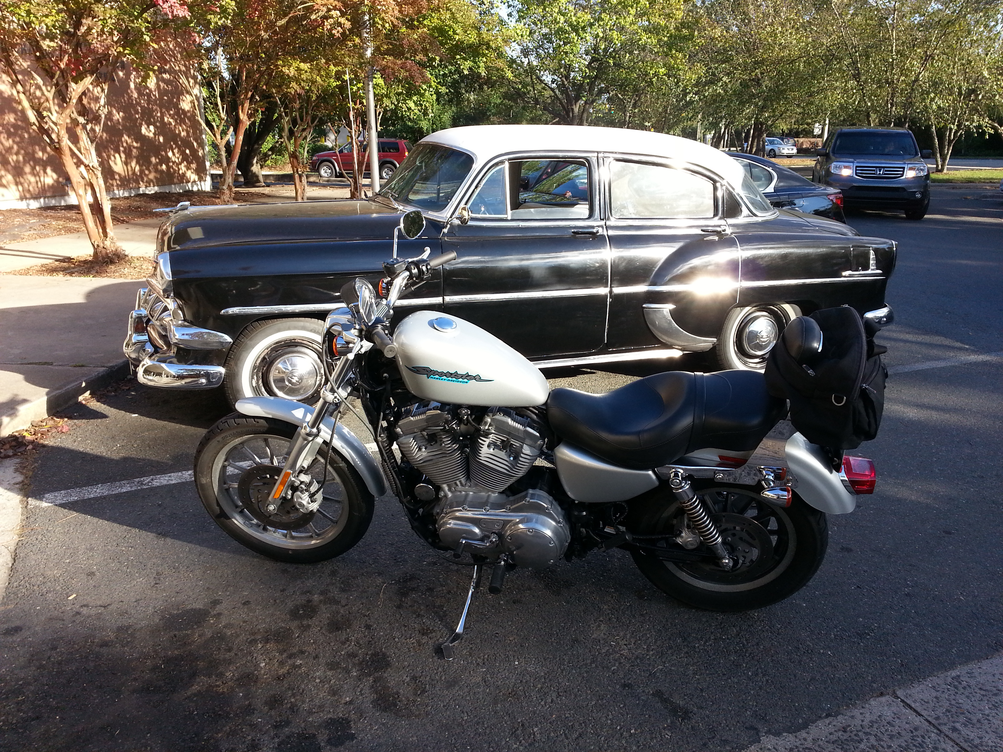 Rocinante hanging w a '59 Chevy at the post office