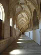 The cloister with the restored Carducho paintings