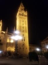 Giralda, Minaret turned bell tower
