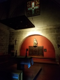 The intimate and simple chapel
